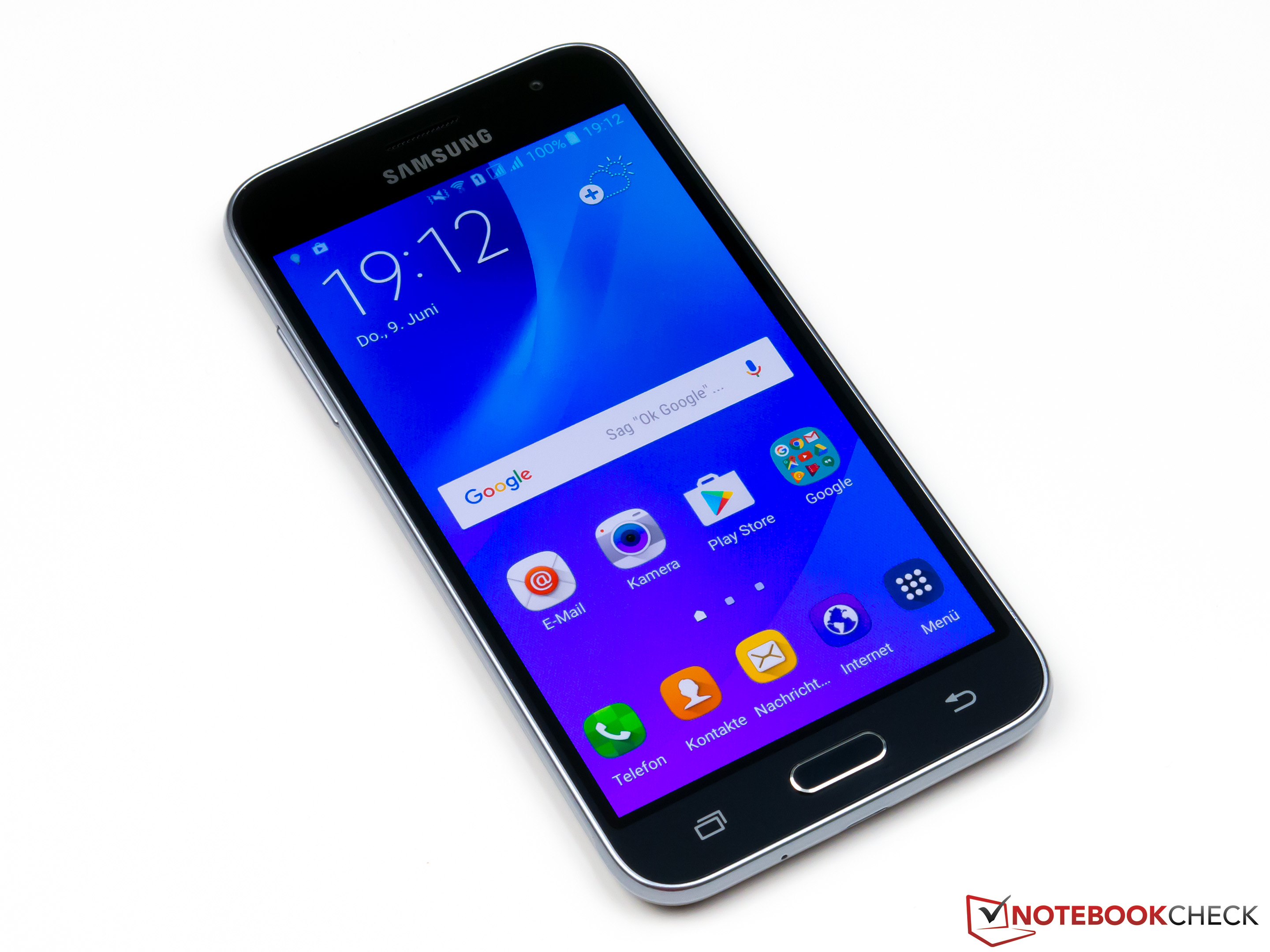 This Courte Critique Du Smartphone Samsung Galaxy J3 2016 Duos.170010 ...