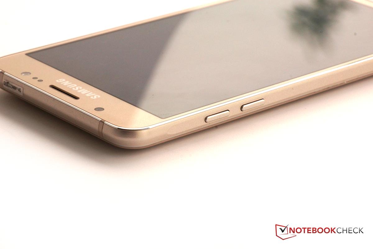 Courte Critique Du Smartphone Samsung Galaxy J5 2016