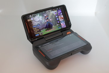 Asus ROG Phone - Dock TwinView.
