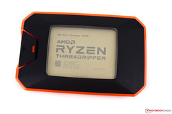 En test : le processeur de bureau AMD Ryzen Threadripper 2970WX. Modèle de test aimablement fourni par AMD.