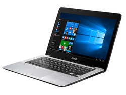 En test : Asus X302UV-FN016T. Modèle de test fourni par Notebooksbilliger.de.